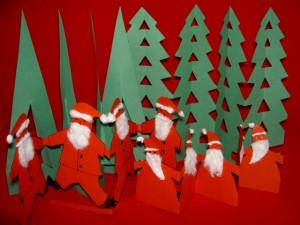 tannenbaum aus papier basteln weihnachtsbaum aus papier. Black Bedroom Furniture Sets. Home Design Ideas